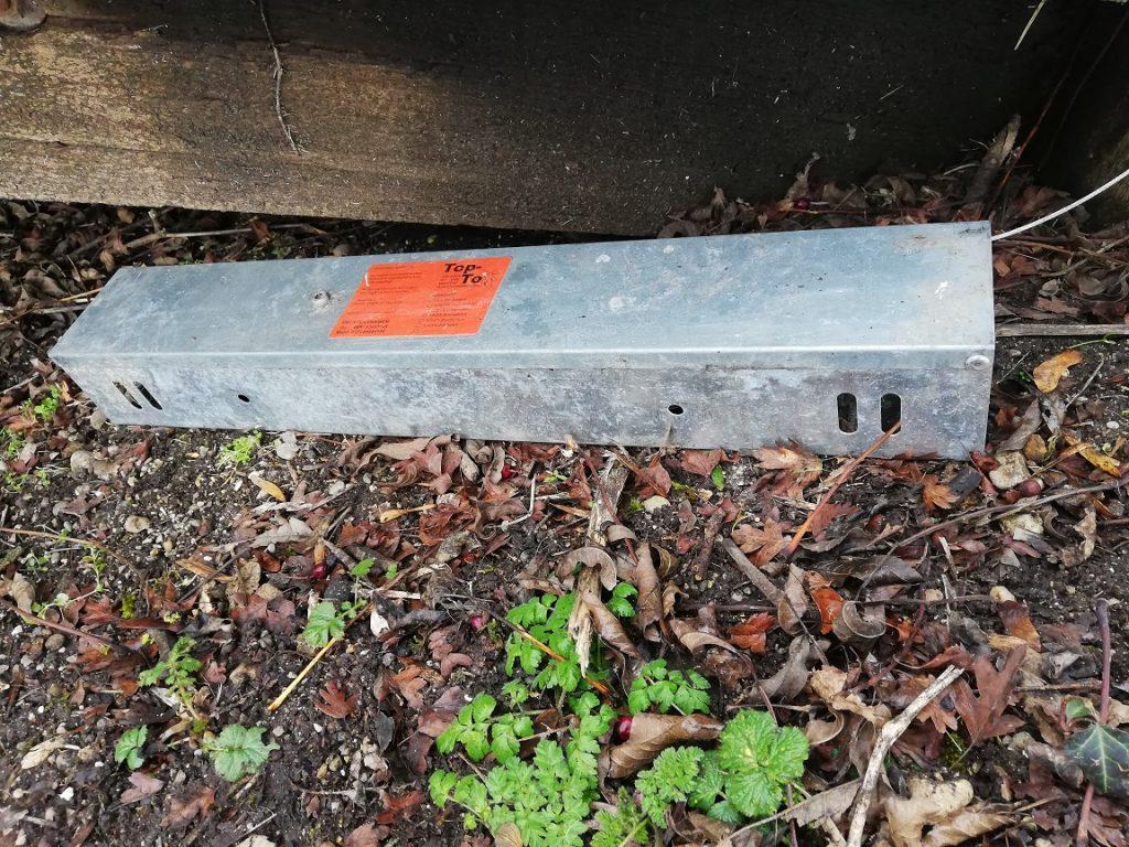 An manchen Plätzen werden Giftköder für von Essensresten angelockte Ratten ausgelegt.